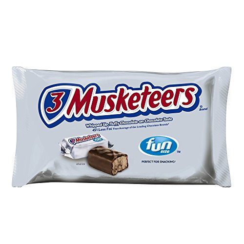 (3 MUSKETEERS Candy Fun Size Chocolate Bars 10.48-Ounce Bag )