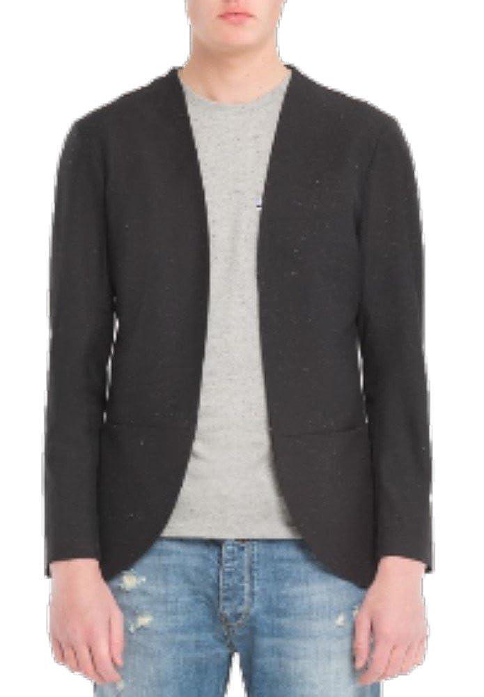 Outfit Giacca - Blazer pratica e sportiva, taglio esotico senza bottoni. Art.OBL044/C008/N00/101. Colore Nero.
