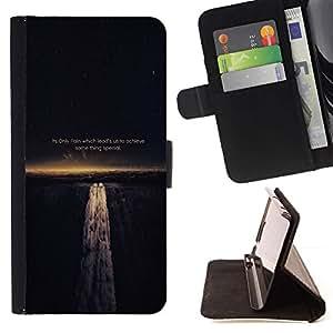 Momo Phone Case / Flip Funda de Cuero Case Cover - DOLOR NOS GUÍA PARA LOGRAR - SABIDURÍA DE VIDA - Sony Xperia M2