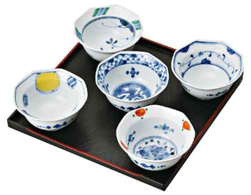 Doeuvres Cucumber Hors (saikai pottery 5 set of Japanese Small Plate w/ 5 different Blue pattern 30010 Some nishiki-e henten from Japan)