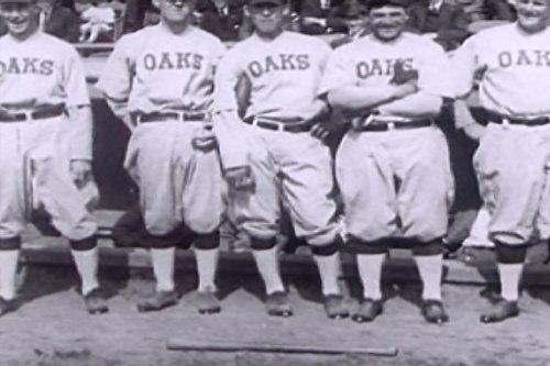1918 Auto (Oakland Oaks Baseball Season Opens)