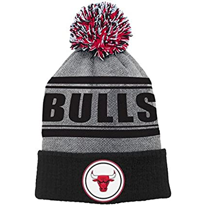 29ae057efd3 Image Unavailable. Image not available for. Color  Youth Chicago Bulls  Reflective Logo Knit Cuffed Hat with Pom NBA ...