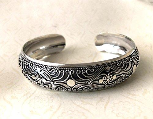 - 15mm solid sterling silver Bali hearts, wave scrolls cuff bracelet BR20
