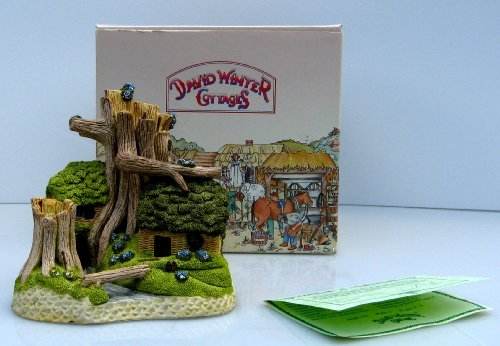 - Robin Hood's Hideaway David Winter Cottages Collectors Guild, Issued 1987