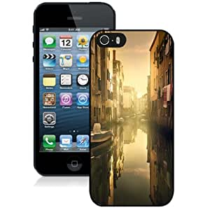 Personalized Phone Case Design with Good Morning Venice iPhone 5s Wallpaper