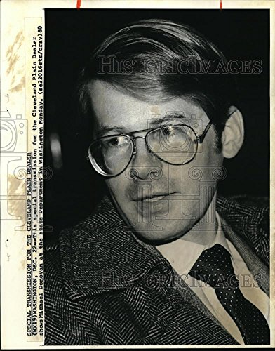 Historic Images 1981 Wire Photo Michael Donovan Voice Actor at The State Dept. in Washington - 10.25 x 8