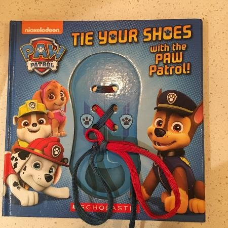 Paw Patrol: Tie Your Shoes With The Paw Patrol! ()