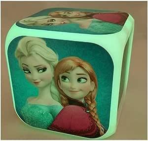 Frozen movimiento digital en forma de cubo de reloj de