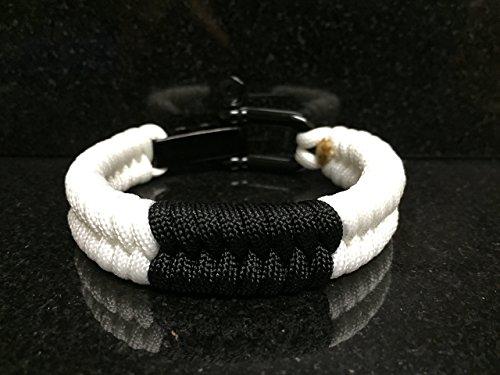 Brazilian Jiu Jitsu White Belt Rank Paracord Bracelet.