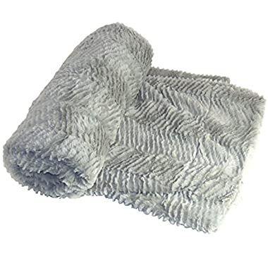 BOON Herringbone Brushed Throw with Faux Fur Sherpa Backing, 50  x 60 , Silver