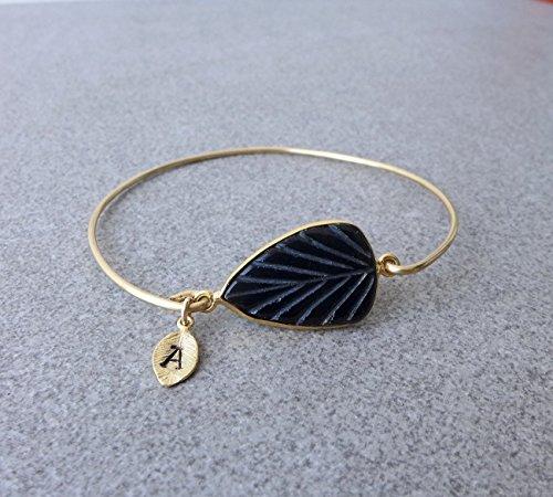 (Brass or 14K Gold Filled Black Onyx Leaf Bangle Bracelet with Initial Leaf Charm, Customized Gift)