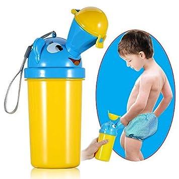 Video boy pee in bucket