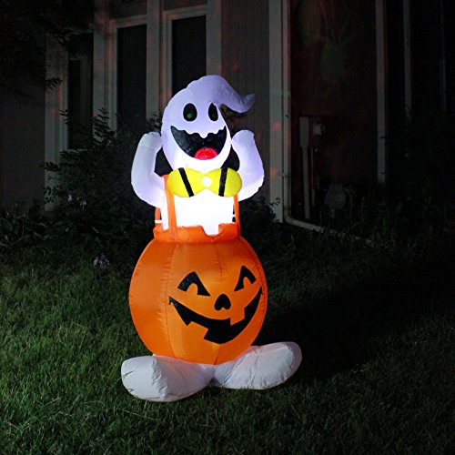 Joiedomi Halloween Blow Up Inflatable Ghost in Pumpkin Overall for Halloween Outdoor Yard Decoration (5 ft Tall) (Halloween Yard Decorations Ghosts)