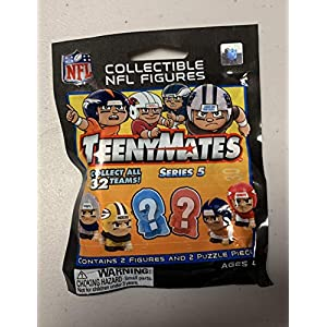 Unopened Pack NFL Teenymates Series 5 Collectible NFL Figures