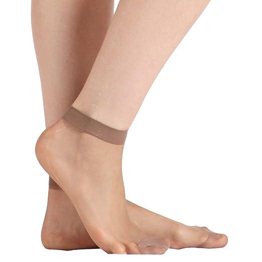 ca1d48c14c6 Amazon.com  Womens Socks Hosiery