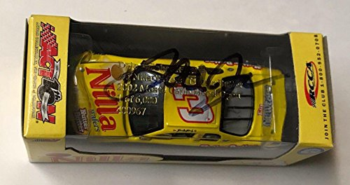 2002 Dale Earnhardt Jr. Signed Auto Nilla Wafers Nutter Butter 1/64 Diecast Car - Autographed Diecast Cars