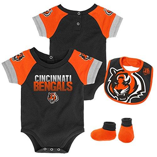 Outerstuff NFL NFL Cincinnati Bengals Newborn & Infant 50 Yard Dash Bodysuit, Bib & Bootie Set Black, 12 Months
