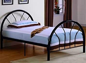 Amazon.com: Roundhill Furniture Belledica Metal Bed Set with ...