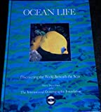 img - for Ocean Life: Discovering the World Beneath the Seas book / textbook / text book