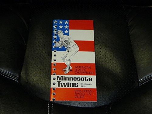 VINTAGE 1966 MINNESOTA TWINS MEDIA GUIDE - 1966 Minnesota Twins