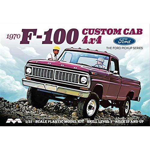1/25 Moebius Models 1970 Ford F-100 Custom Cab 4X4 Pickup Truck (Kit) - 1230