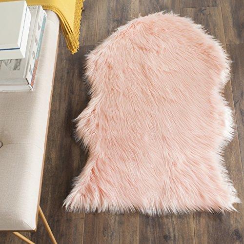 (Safavieh Faux Silky Sheepskin FSS115G Pink Area Shag Rug (3' x 5'))