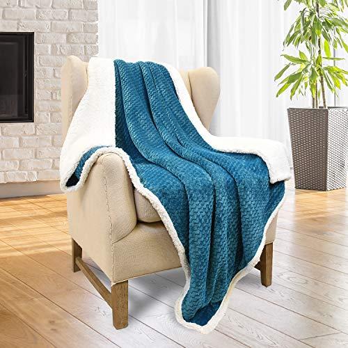 (Tirrinia Super Soft Sherpa Throw Blanket Chevron 50