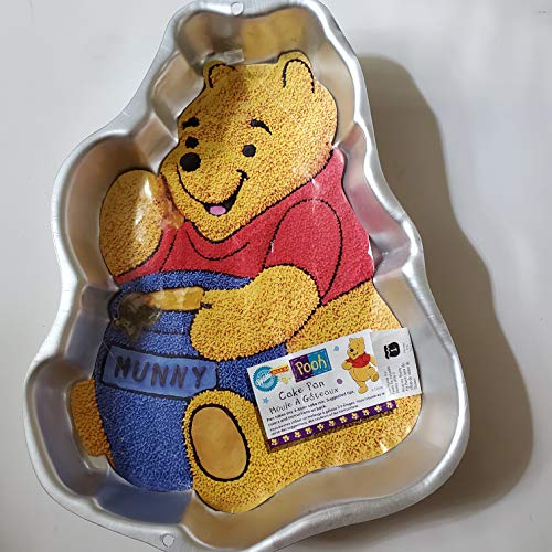 Wilton Cake Pan Winnie the Pooh Bear with Hunny Pot 2105-3000, 1995 Retired