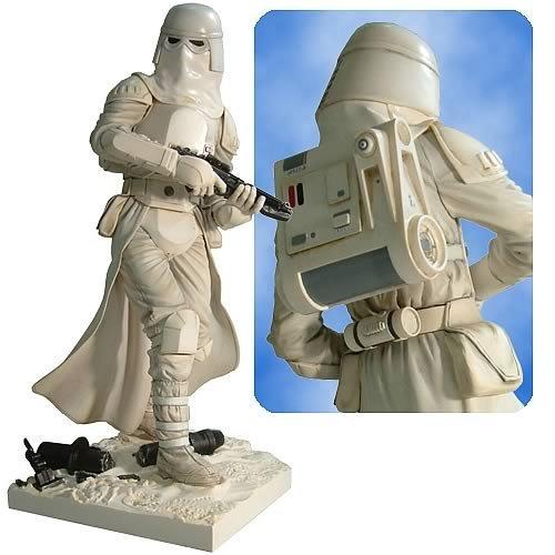 Scout Trooper Model (Star Wars: Snowtrooper Soft Vinyl Model Kit)