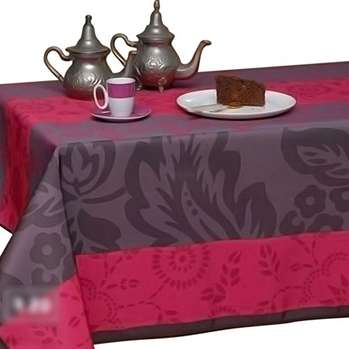 63-Inch Round Tablecloth Fuchsia and Purple, Stain Resistant, Washable, Liquid Spills bead up, Seats 4 to 6 People (Other Size Available: 60x80