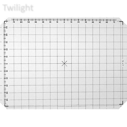 Linhof 5x7 Groundglass Focusing Screen with 1cm Grid Lines (Focusing Screen Set)