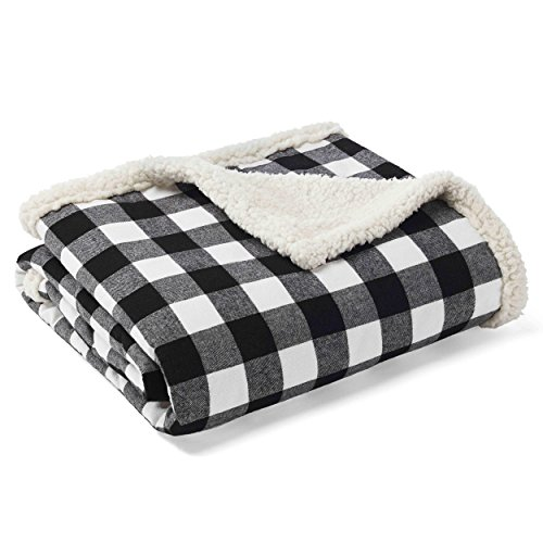(Eddie Bauer Cabin Plaid Throw, Black)