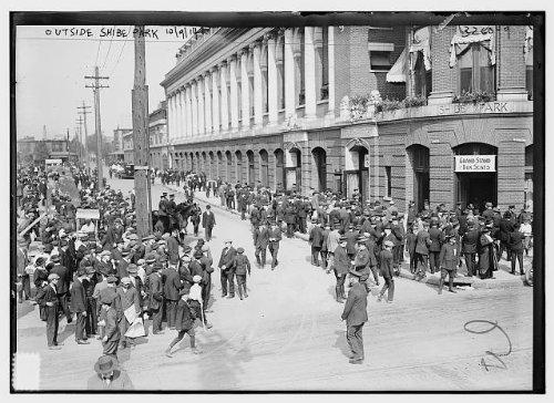 HistoricalFindings Photo: Outside Shibe Park,October 9,1914,Connie Mack Stadium,Philadelphia,PA,baseball