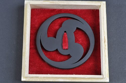Handmade Sword – Iron Alloy Samurai Sword Tsuba, Tomoe Crest Pattern, with Wooden Box, For Katana Wakizashi Swords