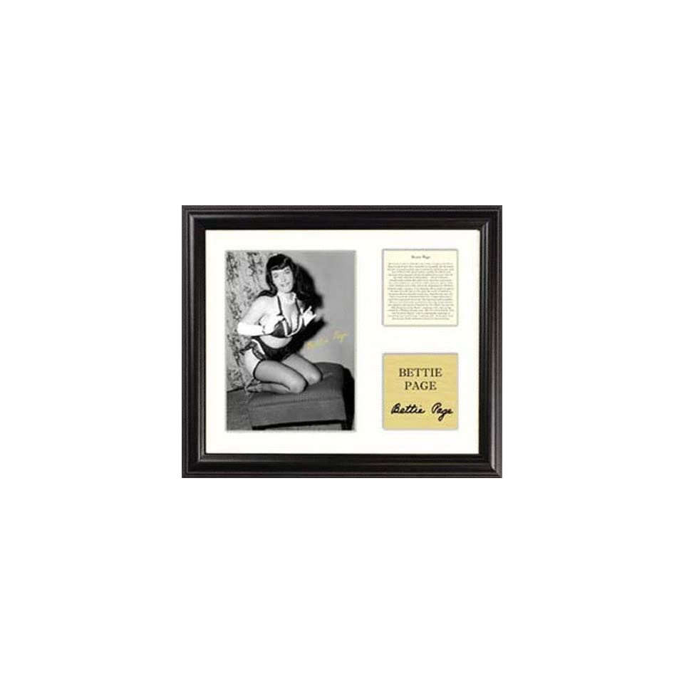 Bettie Page   Ottoman Kneeling   Framed 5 x 7 Photograph with Biography