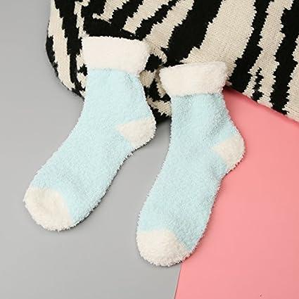 Otoño e invierno de color sólido coral caliente niñas calcetines de lana gruesa