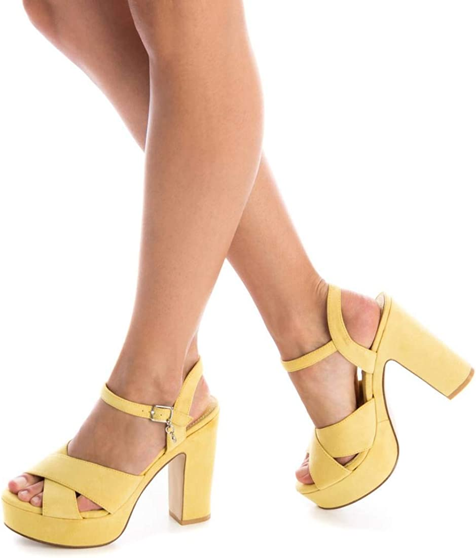 XTI Sandalia TNT032040 para Mujer Amarillo
