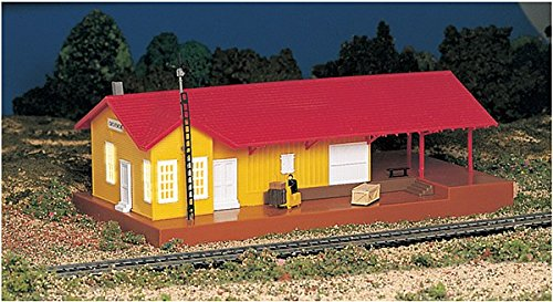 Bachmann Trains Lighted Freight Station