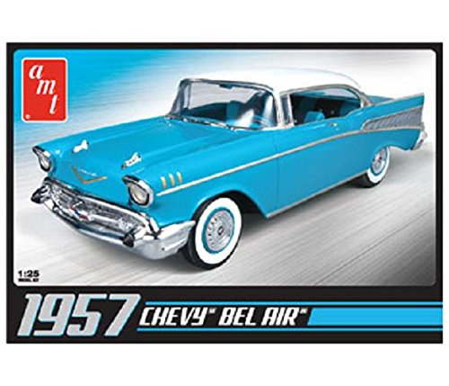 - 1/25 1957 Chevy Bel Air