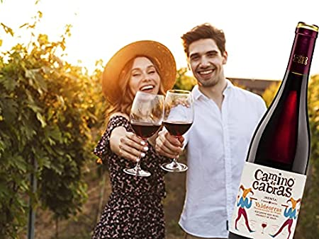 CAMINO DE CABRAS Caja de vino - Mencía Crianza - vino tinto – D.O. Valdeorras – Producto Gourmet - Vino para regalar - Vino Premium - 6 botellas x 750 ml.