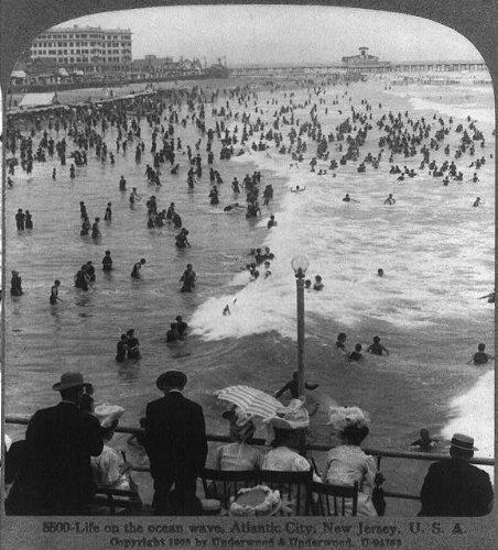 Photo: Life on the ocean wave,Atlantic City,N.J.
