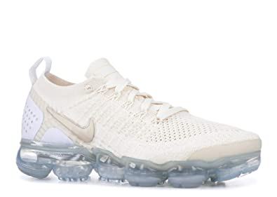 015efbc48f Nike Women's W AIR Vapormax Flyknit 2, Light Cream/Metallic Gold Star, 12