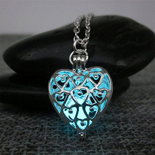 Silver Plated glowing Heart necklace,Glow In The Dark Necklace,glowing necklace,Halloween jewelry,legend of zelda necklace,zelda necklace -