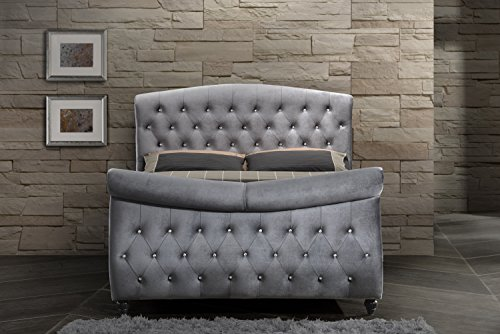 Crystal Sleigh - Meridian Furniture Hudson-Sleigh-K Hudson Collection Grey Velvet Upholstered Sleigh Bed with Crystal Button Tufting, and Custom Solid Wood Legs, Grey, King