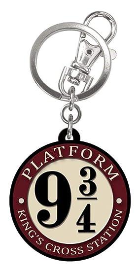 HARRY POTTER Platform 9 3/4 Rubber Keychain: Amazon.es ...