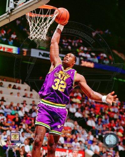 - Karl Malone Utah Jazz 1990 NBA Action Photo 8x10