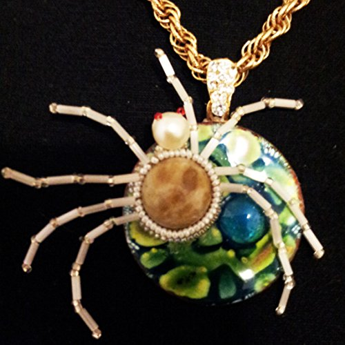 Beadwoven White Spider Necklace - Turquoise Enameled Cabochon (Agate Disc Pendant Bead)