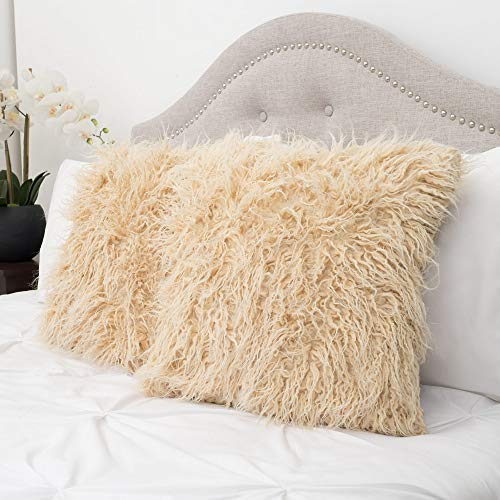 (Sweet Home Collection Decorative Throw Pillows Set of 2 Mongolian Long Hair Faux Fur Accent Soft and Fuzzy Cushion Cream)