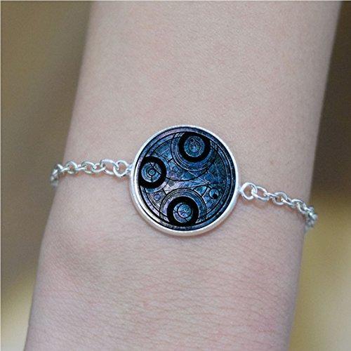 Time Lord Seal Bracelet , Dr Who Bracelet Charm, Dr Who Bracelet Time Lord Jewelry, Time Travel Bracelet