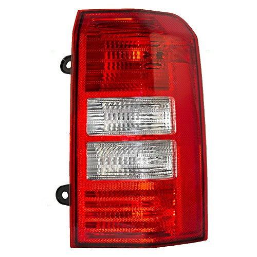 Passengers Taillight Tail Lamp Lens Replacement for Jeep SUV 5160364AE Jeep Patriot Suv